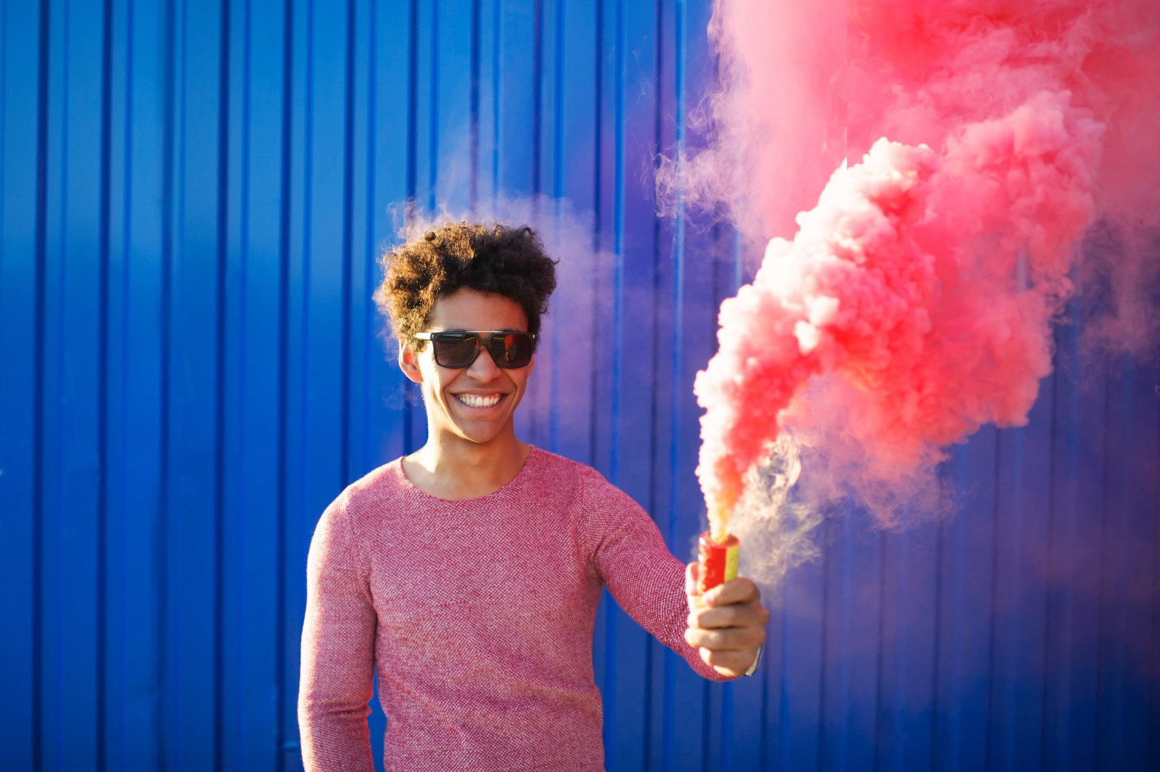Smoke Bomb Photography You Can Master Quickly and Easily Image8