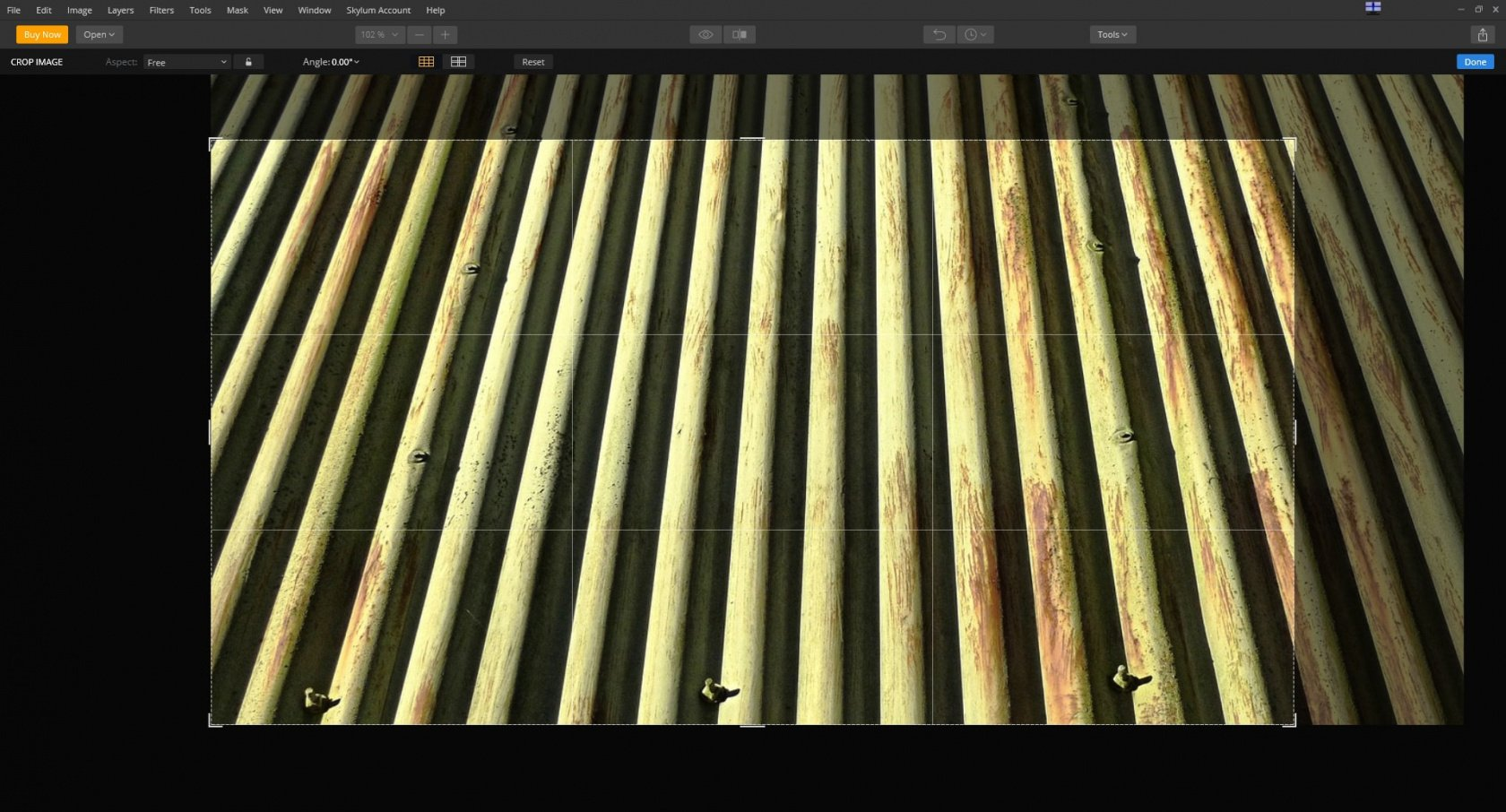 Using vertical lines in your composition – vertical lines