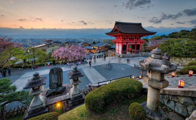 The World through an HDR Lens: Japan Image1