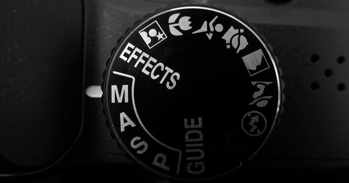 Photography Cheat Sheet: Manual Mode Camera Settings (Infographic)